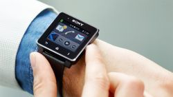 49261-sony_smartwatch2_