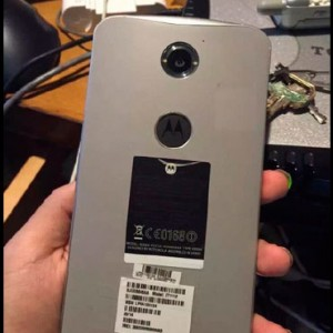 2015-08-05-19-00-23-Leak-shows-how-a-Google-Nexus-6-with-a-fingerprint-reader-would-have-looked-like---Google-Chrome