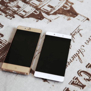 Nubia-Z9-on-left-and-Nubia-Z11-on-right
